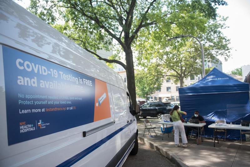 市府将在疫情较严重社区部署检测车。(市长办公室提供)