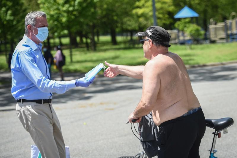 白思豪表示,目前疫情反弹社区的疫情数据已经不再增长。(市长办公室提供)