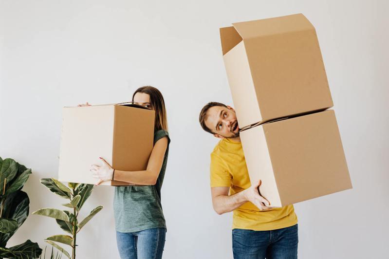 �W生的�S身物品�^少,搬家容易。(Pexels.com)