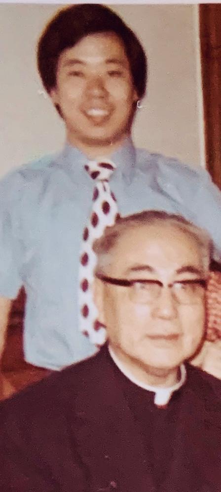上世紀70年代初,于斌樞機和侄子于金山在中美聯誼會。(于德蘭提供)