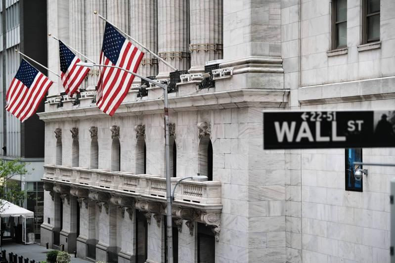 財政部長葉倫6日在倫敦受訪表示,美國經濟發展可以接受提高利率。華爾街反應不一。(...