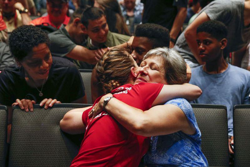 許多家長對子女選擇職業技術學校持支持態度。(Getty Images)