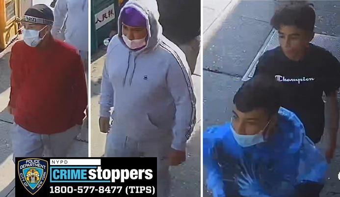 涉嫌在法拉盛市中心商铺抢劫并打伤店员的四名男子。(警方提供)