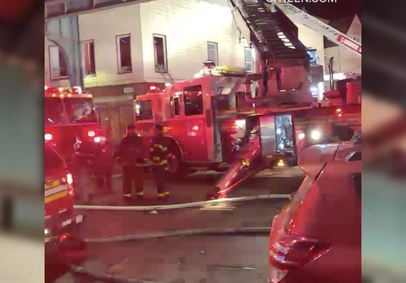 纽约皇后区凌晨6级大火 40住客无家可归