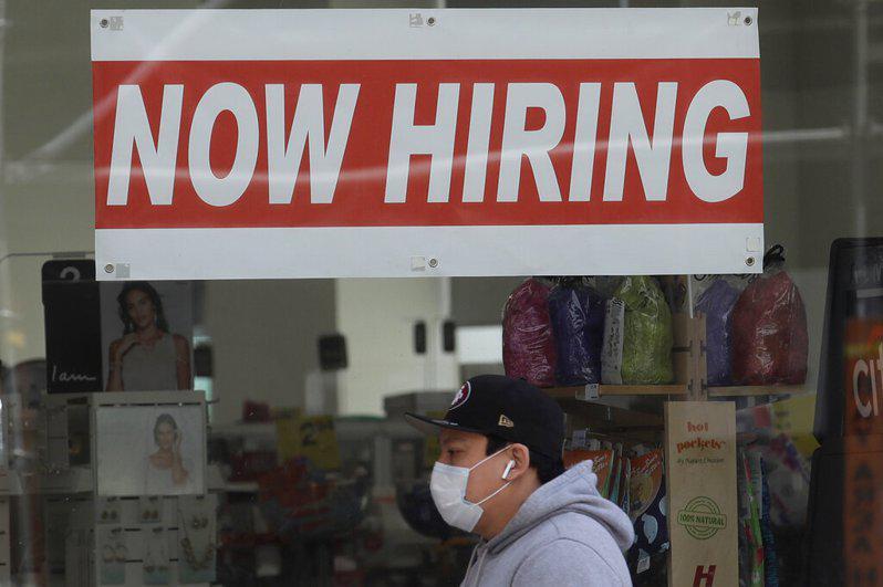 加州連續第二個月就業機會增加,經濟有復甦跡象。(美聯社)