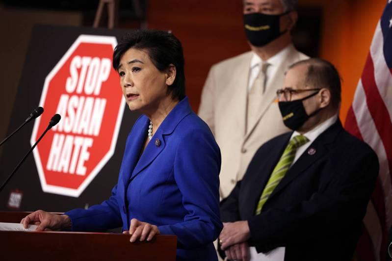 美國國會亞太裔黨團主席趙美心等六人16日致函全體聯邦眾議員,提醒他們負責任地談論美中關係,避免在美中關係緊張之際還出現仇外或針對亞裔美國人的種族主義言論。(Getty Images)