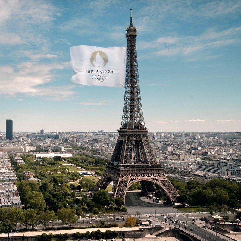 2024巴黎奥运的Logo设计把奥运圣火、金牌以及对法国非常有代表性的人物形象「...