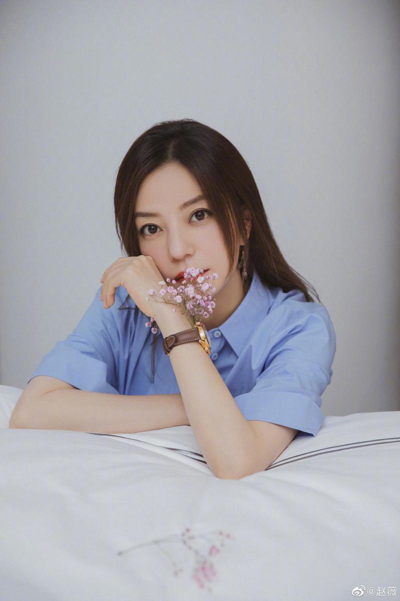 趙薇到女導演李孟橋的微博留言「生日快樂」引發討論。圖/摘自微博